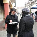 Micro-entretiens avec les habitants de Moissy-Cramayel dans le cadre du protocole de préfiguration de la convention du centre-ville et du quartier de Lugny (Eric Hamelin en photo)